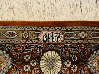 シルクカーペット、ペルシャ手織り絨毯ヘシティー模様49076
