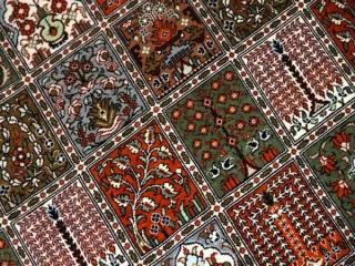 センターラグのペルシャ絨毯ヘシティー模様49079