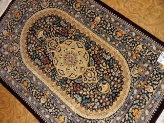 高級手織りペルシャ絨毯クムシルク48047