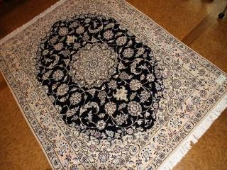 シックな色彩と豪華なデザイン手織りペルシャラグナイン59028