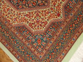 高級ペルシャ絨毯のセンターラグサイズクムシルク100%99417