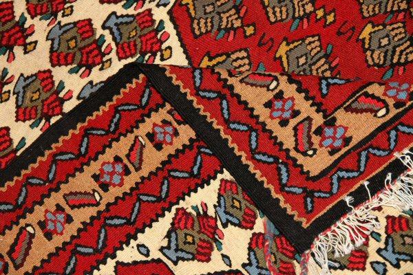 赤いキリムセンターラグのキリム絨毯145000