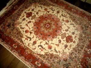 タブリーズ産手織りペルシャじゅうたん39070