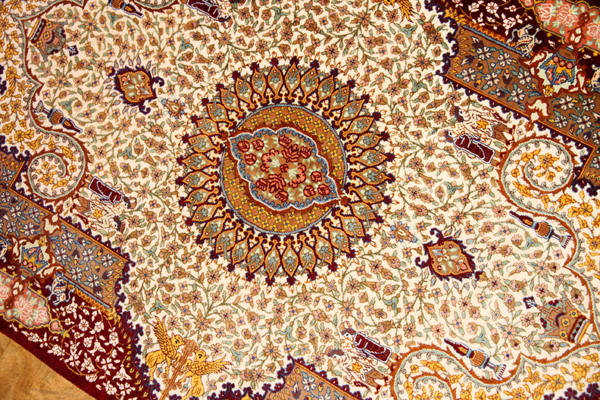 有名なペルセポリスの模様クムシルクレアな逸品47028