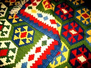 グリーンキリム、シラズのアクセント絨毯30000
