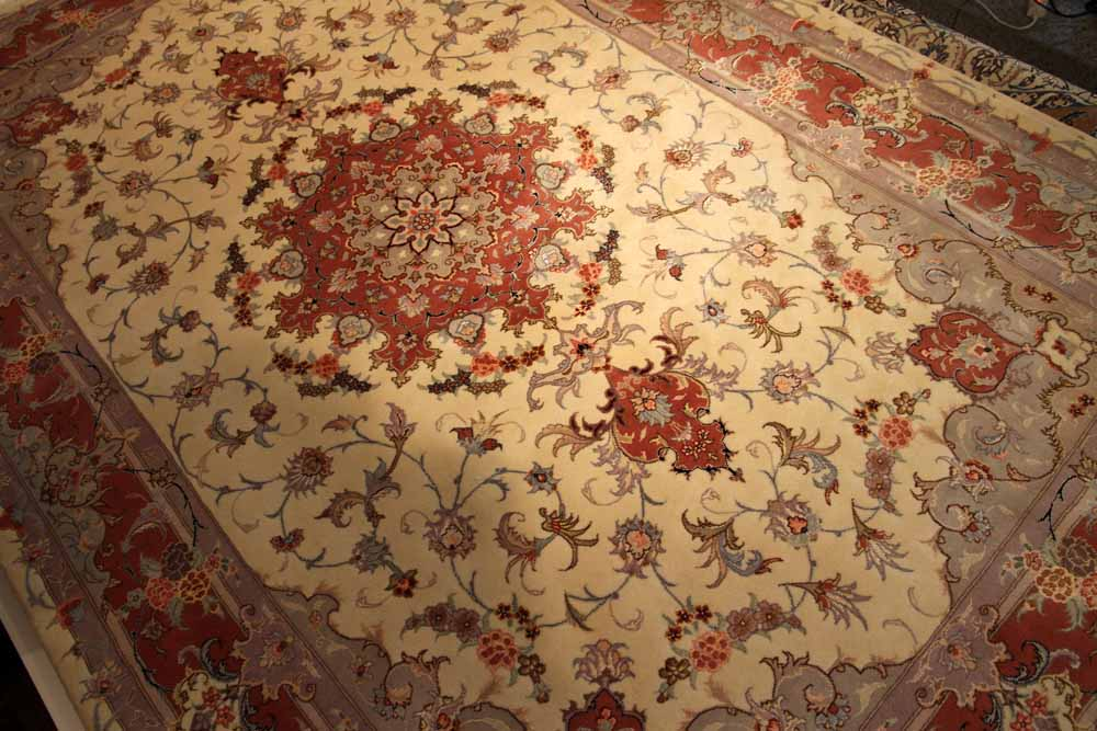 6帖サイズのリビング手織りペルシャ絨毯55372