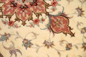 ペルシャ絨毯、おしゃれ玄関マットタブリーズ42015