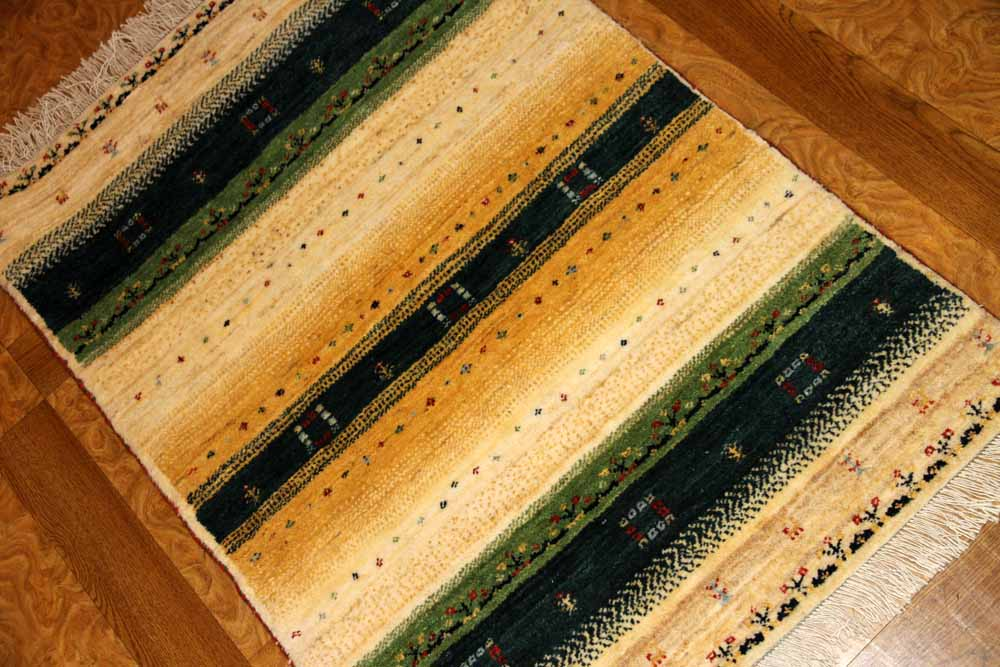 高級メリノウールのギャッベリーズバフトイラン製188100