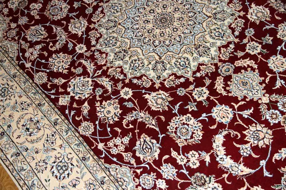 リビングカーペットのペルシャ手織り絨毯ナイン赤い色59030