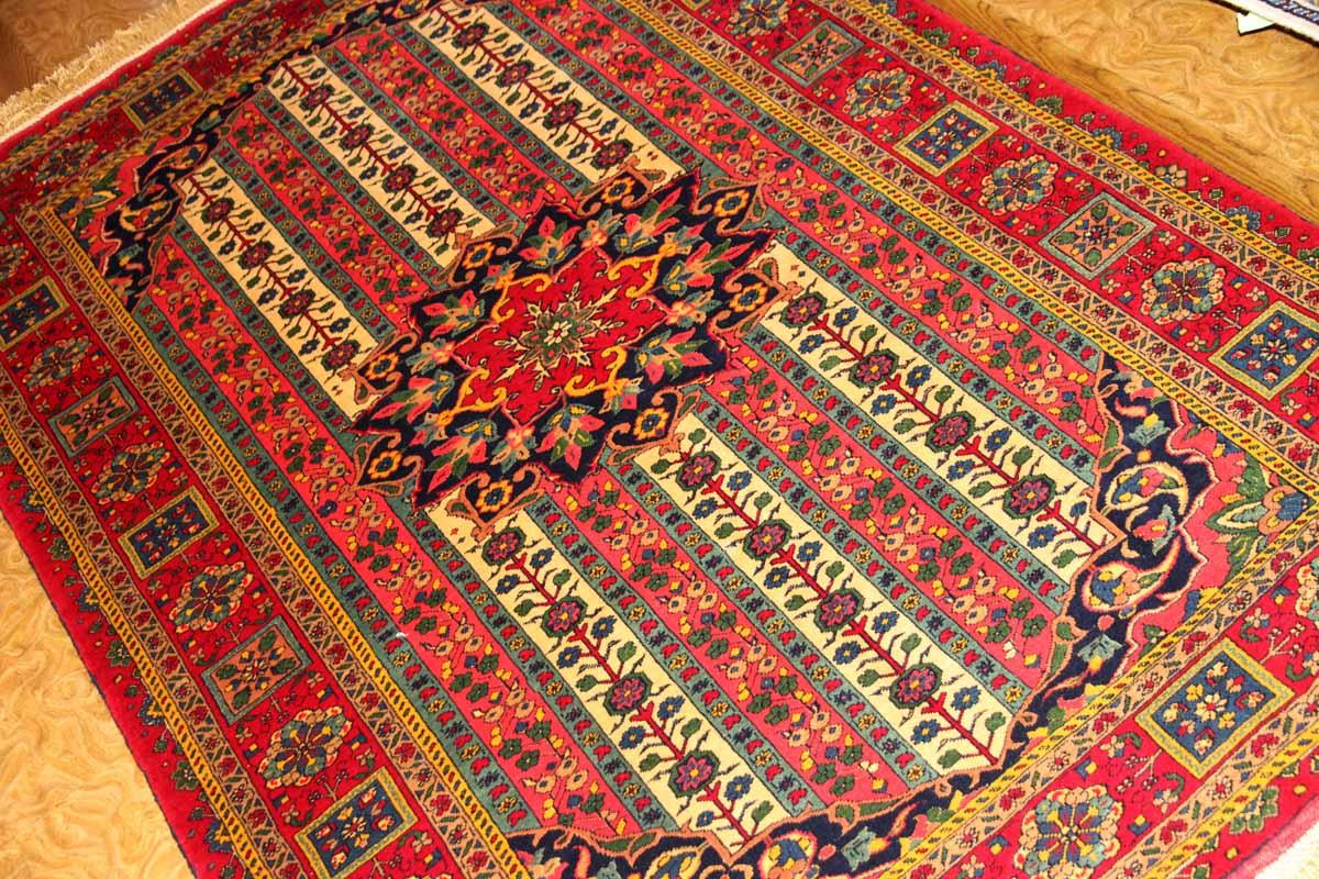 マシャード手織りペルシャ絨毯ラグサイズ赤い色26699