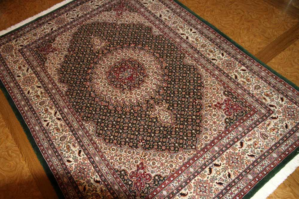 手織りペルシャ絨毯イラン製ムード産地ソファー前グリーン18531
