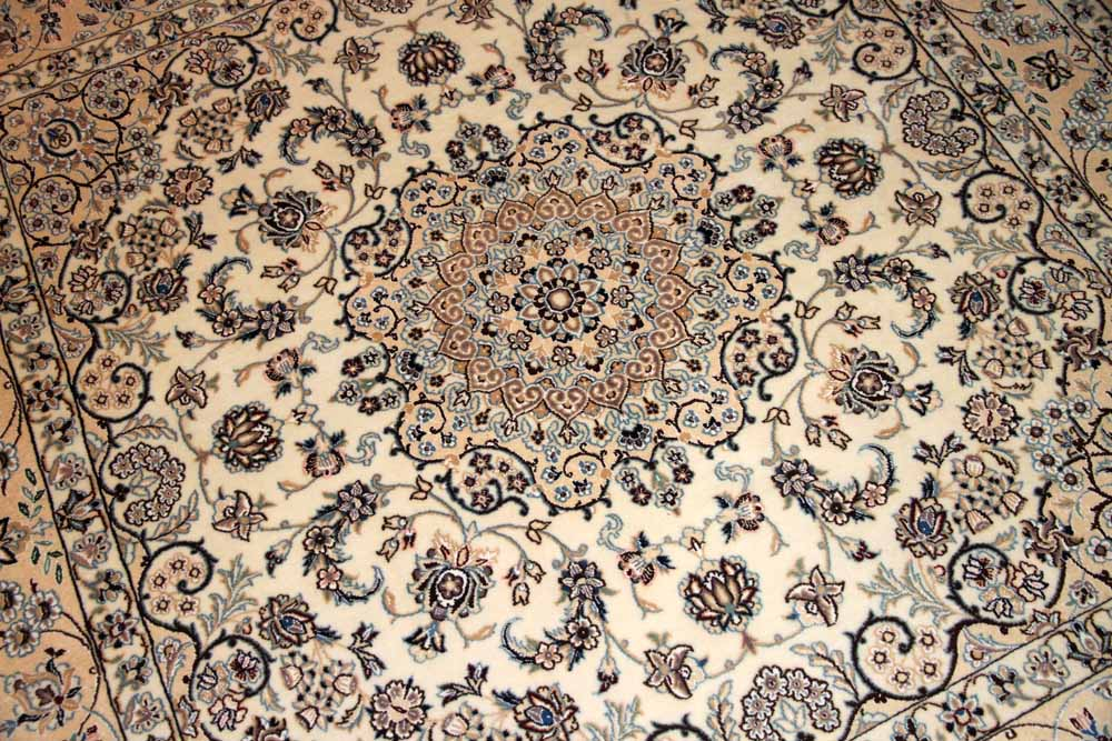 洋風なリビングラグ正方形ナインペルシャ絨毯58088