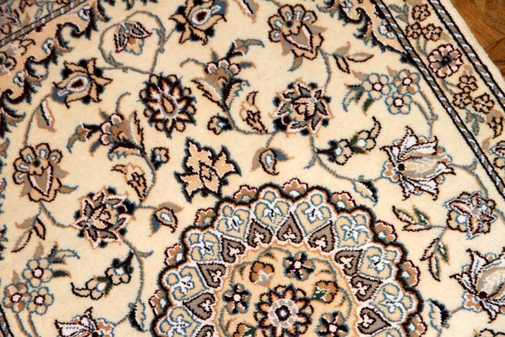 高級玄関マットペルシャ絨毯手織りイラン製ナイン41539