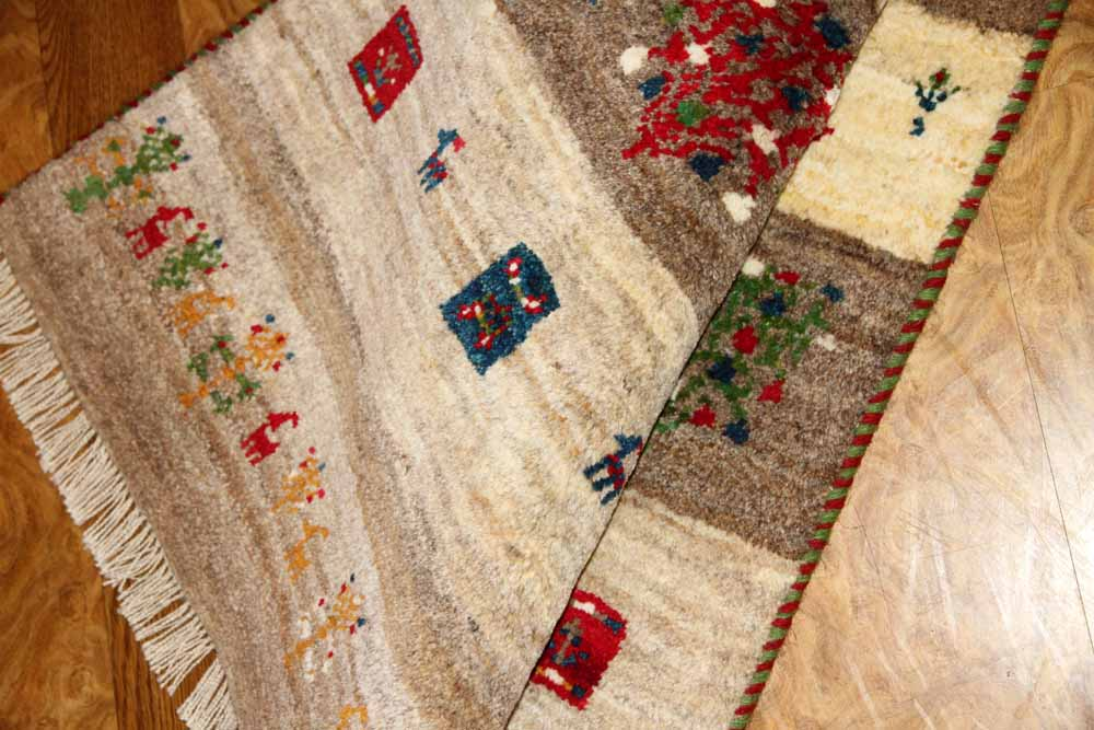 ペルシャギャッベ絨毯マットシラズ産地細かい織り方18895