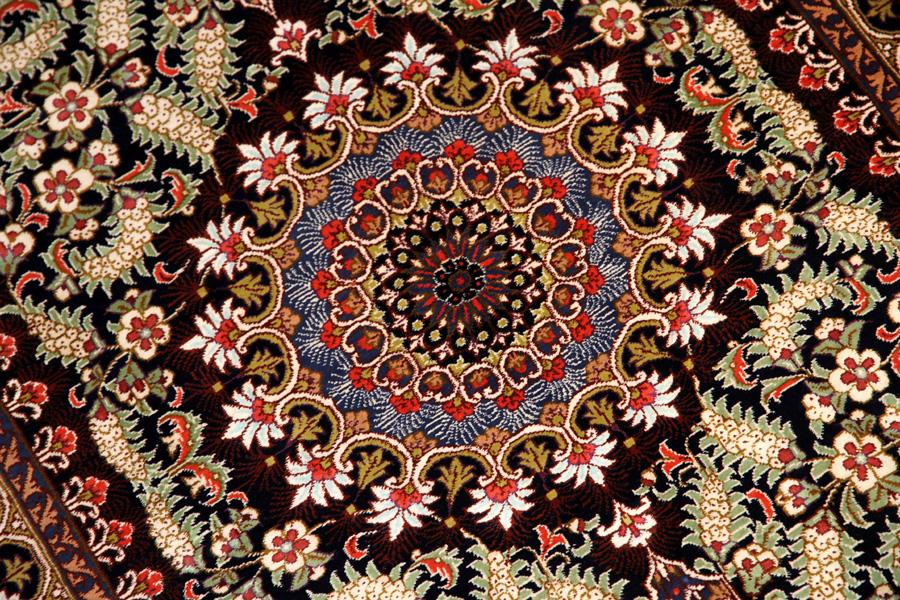 パープル色の珍しい色彩クムシルクペルシャ50040