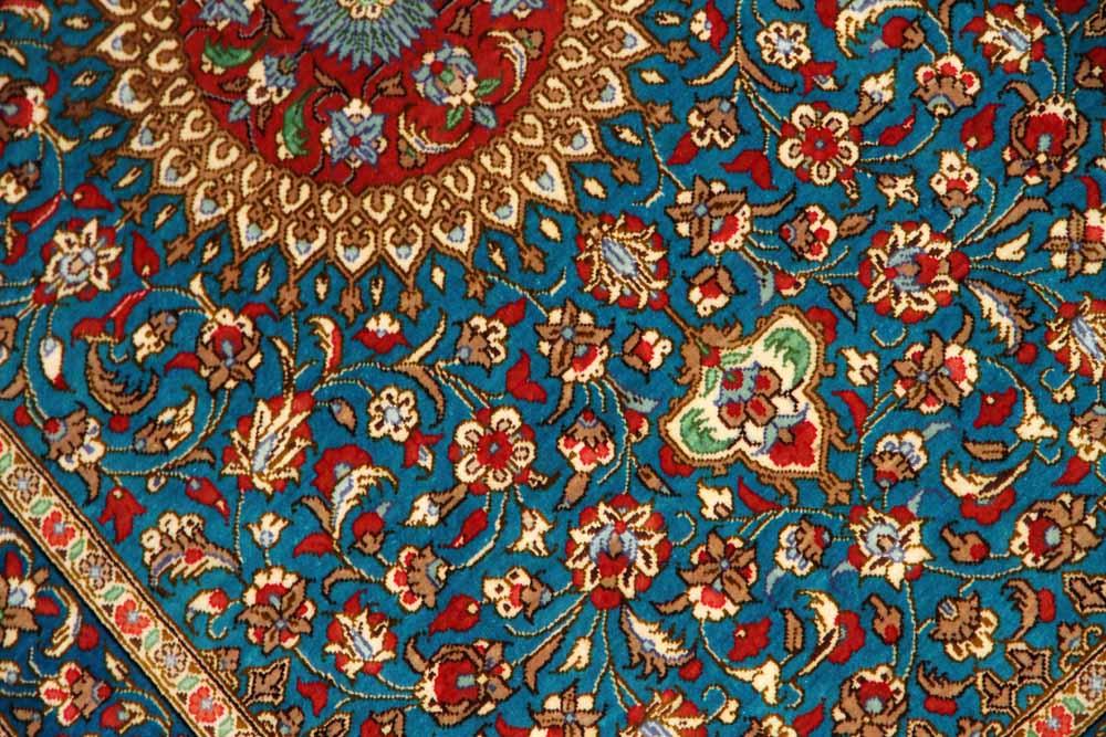 マンションの玄関マット、クムシルクペルシャ絨毯スカイブルー60037