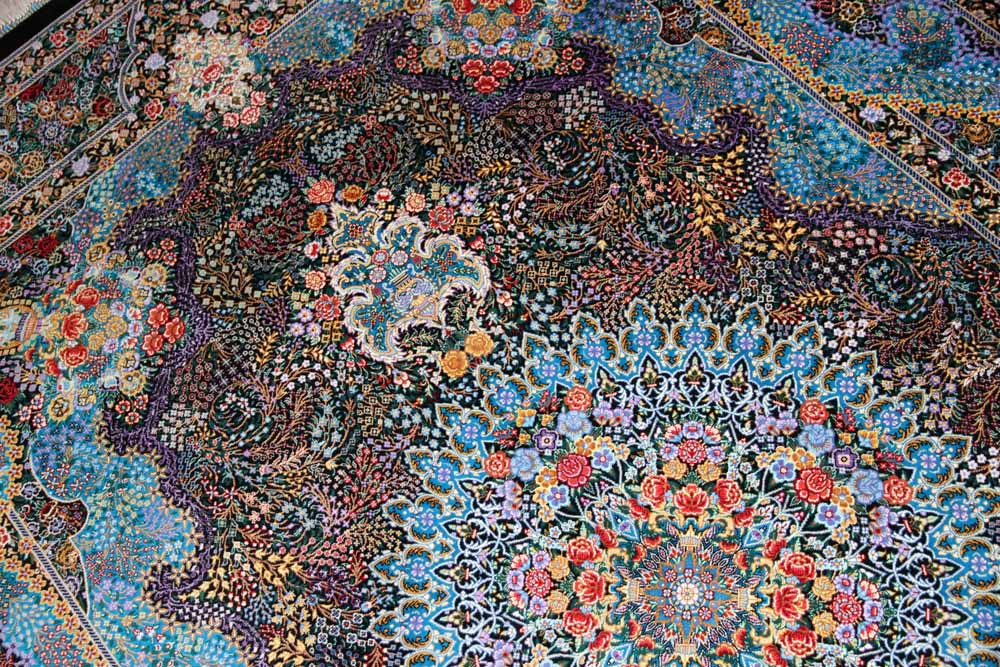 手織りペルシャ絨毯クムシルク、最高級品質素敵なブルー60010