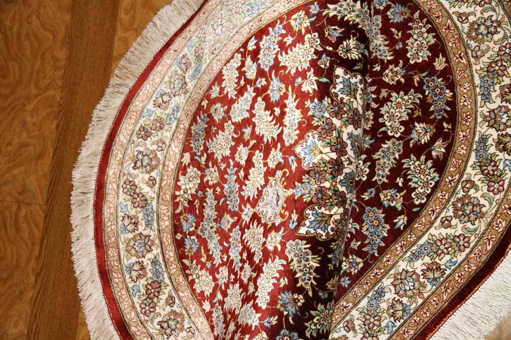 楕円形シルクペルシャ絨毯クム産地メダリオンデザイン60040
