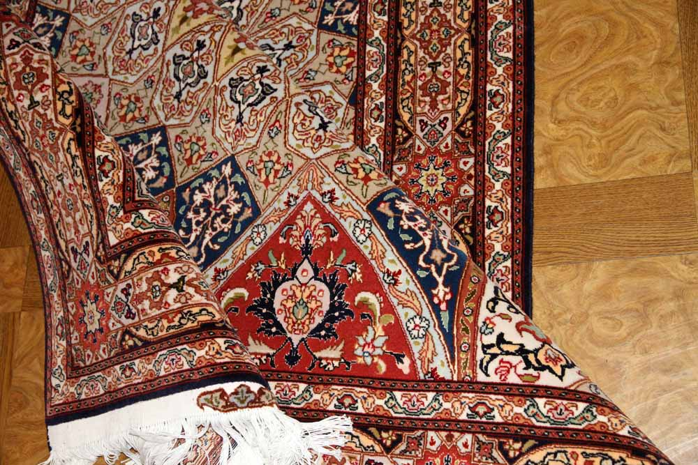 高級手織りペルシャ絨毯タブリーズゴンバディ模様59010