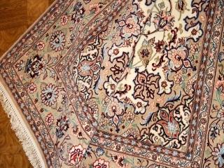 手織りペルシャ絨毯イスファハン、伝統的なハンドメイドラグ21121