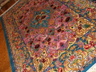イスファハン産手織りペルシャ絨毯、高級ラグの直輸入311700