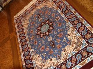 最高級手織りペルシャ絨毯イスファハン玄関マットブルー21113