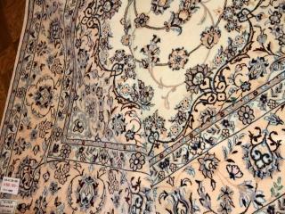 ペルシャリビング絨毯の6帖、明るい色彩メダリオン59034