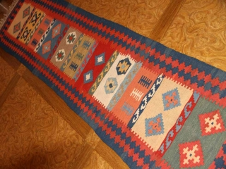 廊下敷き手織りペルシャキリムのシラズ産地3538