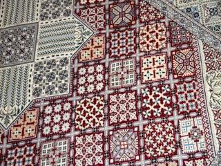 ペルシャ絨毯ナインリビングの珍しいデザインの赤い色59031