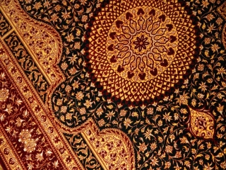 激安ペルシャ絨毯、センターラグシルク手織りクム産地43004