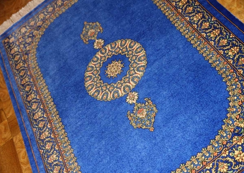 素敵なブルー色手織りペルシャ絨毯クムシルク玄関マット43694