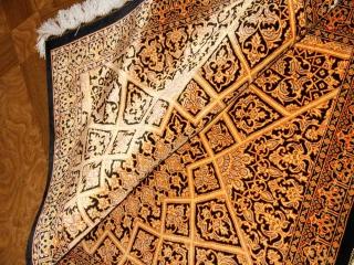輝きのシルク手織りペルシャ絨毯玄関マット398861