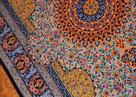 センターラグ手織りペルシャ絨毯クムシルクブルー75164