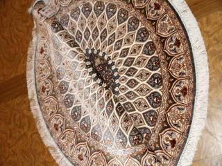 円形手織りペルシャ絨毯クム産地シルク32974