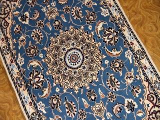 素敵なブルー色の玄関マットペルシャ絨毯58068