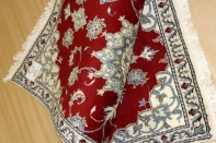 綺麗な赤い色の手織りペルシャ絨毯マット55300