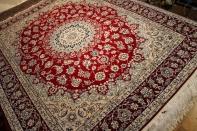 赤いナイン産リビングラグメダリオンペルシャ絨毯38320