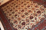 手織りペルシャ絨毯の珍しい産地ウール35227
