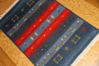 ペルシャ手織りギャッベの玄関マット932300