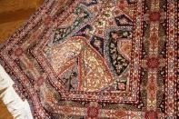 ペルシャ絨毯タブリーズ迫力あるゴンバディデザイン59007
