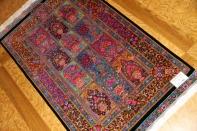 ZABIHI最高給クムシルク手織りペルシャ絨毯75126