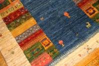手織りペルシャギャッベのスカイーブルーラグ19231