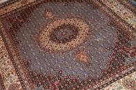 スカイブルームッド産地手織りペルシャ絨毯ラグサイズ966400