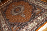 高級手織りペルシャ絨毯ムッド産、ソファー前サイズ18532