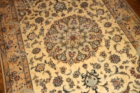 ペルシャ絨毯、ナインソファー前、明るい色彩42079