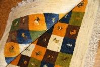 イラン製直輸入ギャッベ、とても高品質玄関マットギャッベ18867