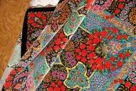 高級手織りペルシャ絨毯クムシルクのバラデザイン75121