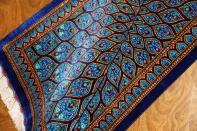 あこがれのペルシャンブルークムシルクの手織りペルシャ絨毯60045