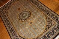 手織りペルシャ絨毯ブルーソファー前ラグ75124