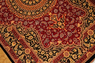 伝統的なペルシャ絨毯ラグシルクメダリオンの赤い色75163